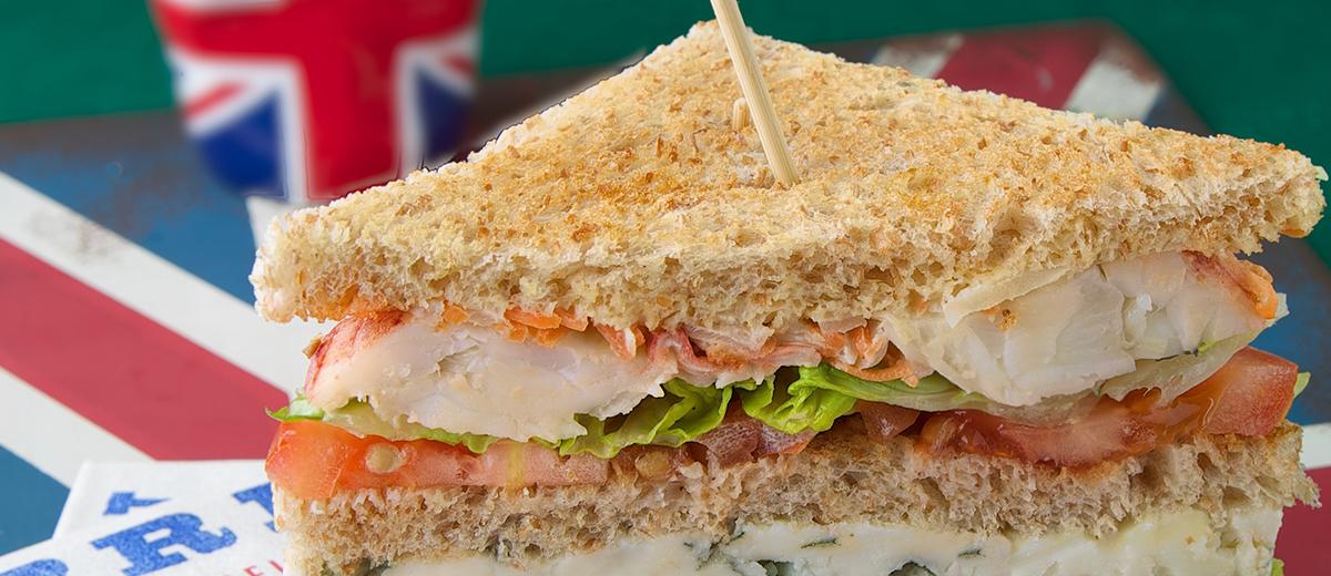 Club sandwich au homard et Roquefort Société