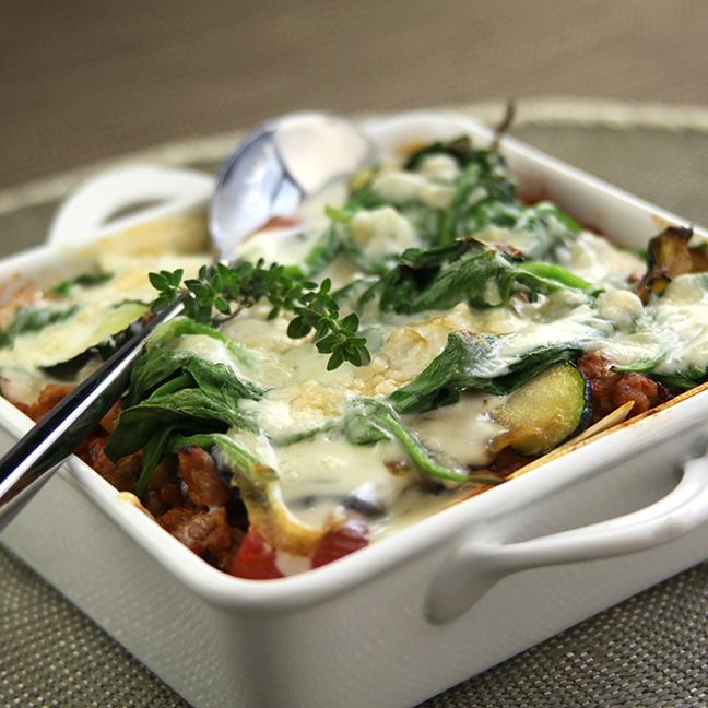 Lasagnes de veau aux légumes confits et à la Sauce au Roquefort Société