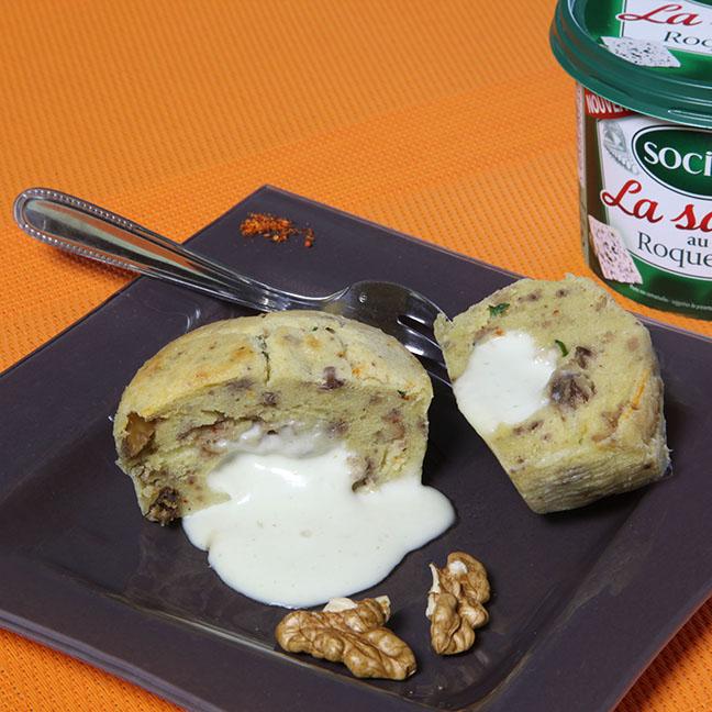 Moelleux à la Sauce au Roquefort Société et son cœur coulant